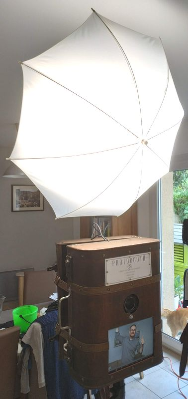 http://www.jeromebachet.fr/HFR/Photobooth/Photobooth-V3-2.jpg